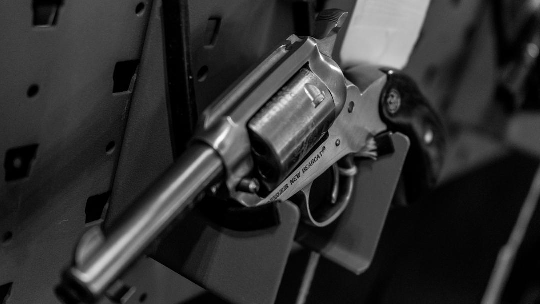 Hanging revolver